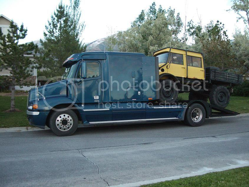 FreightlinerWithMog.jpg